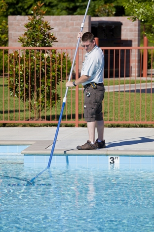 Pool Draining Service Glendale AZ | Pink Dolphin Pool Care