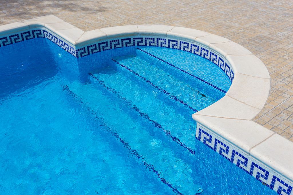 Sun City AZ Pool Service | Pink Dolphin Pool Care