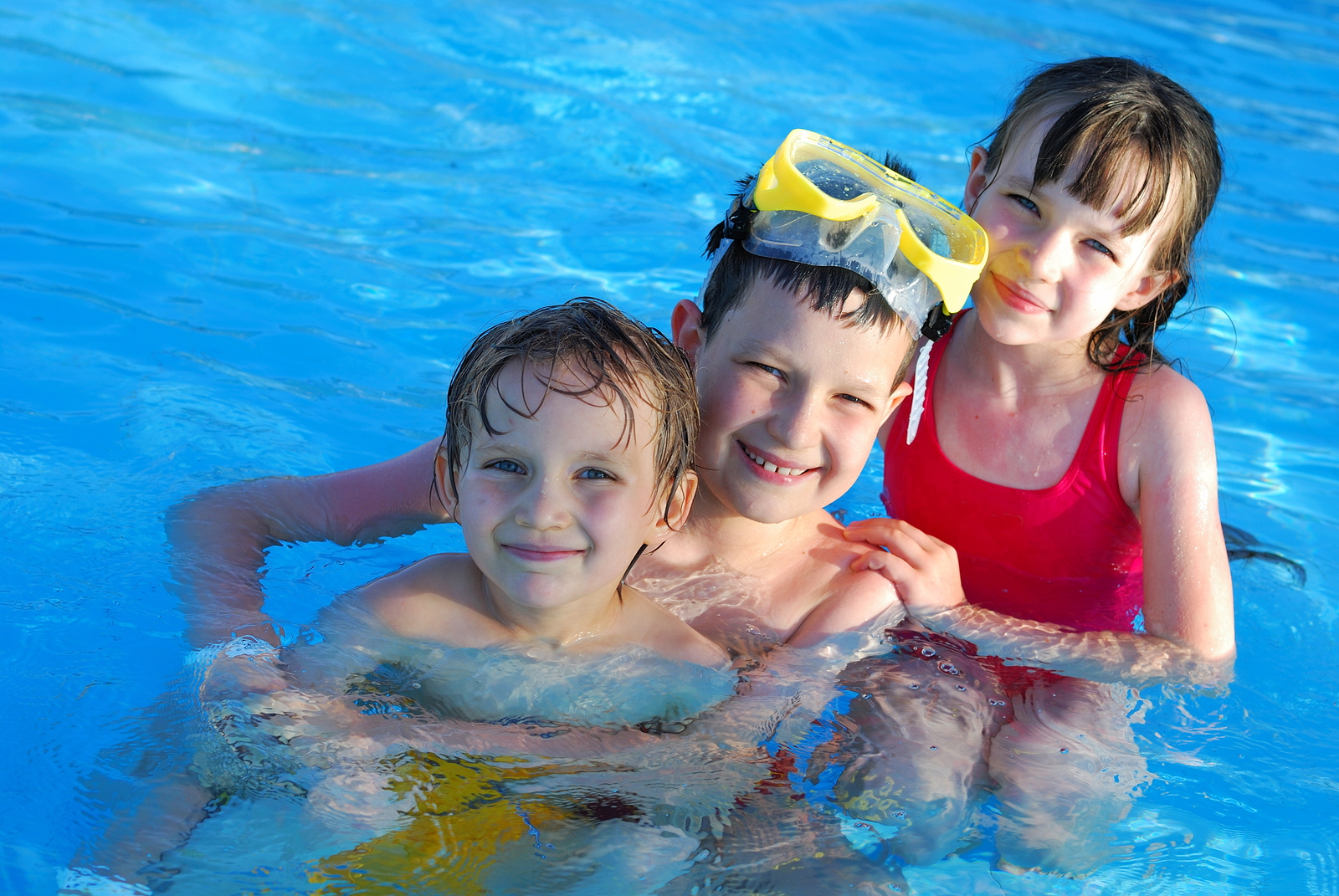 Glendale AZ Pool Cleaning Service | Pink Dolphin Pool Care