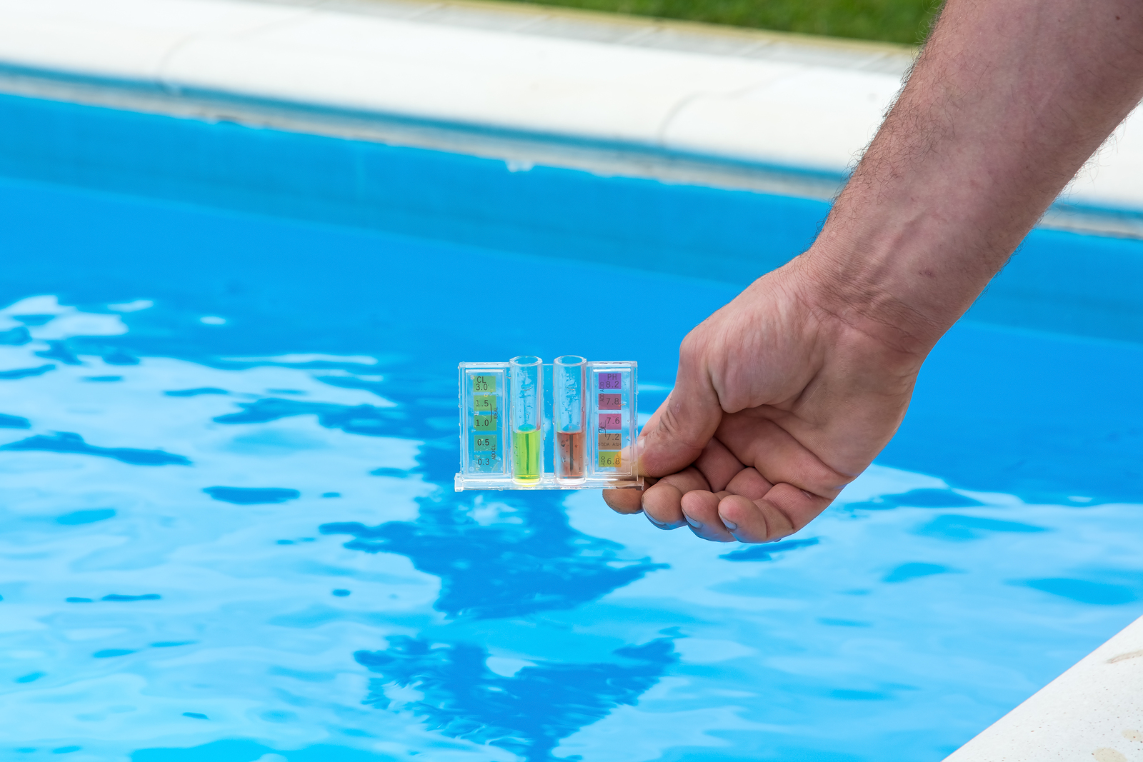 Pool Care in Phoenix | Pink Dolphin Pool Care for Professional Pool Cleaning