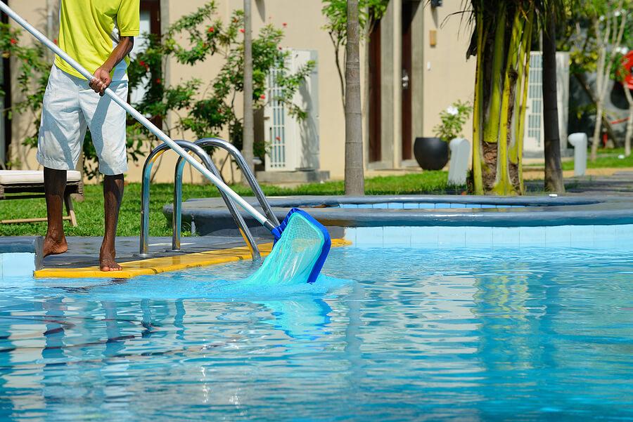 Pool Equipment Repair in Glendale AZ