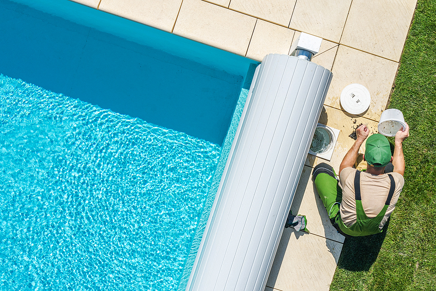 Cleaning your Pool with a Pop Up In-Floor System